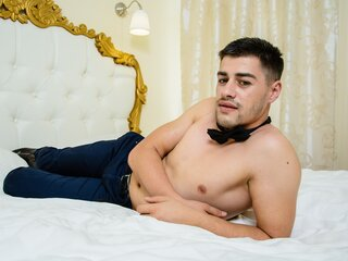 NickRonald adult pictures
